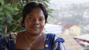 Solange på bilden kämpar outtröttligt för kongolesiska kvinnors rättigheter.
